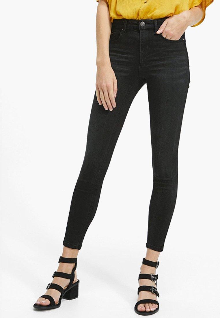 Stradivarius - Jeans Skinny Fit - black denim
