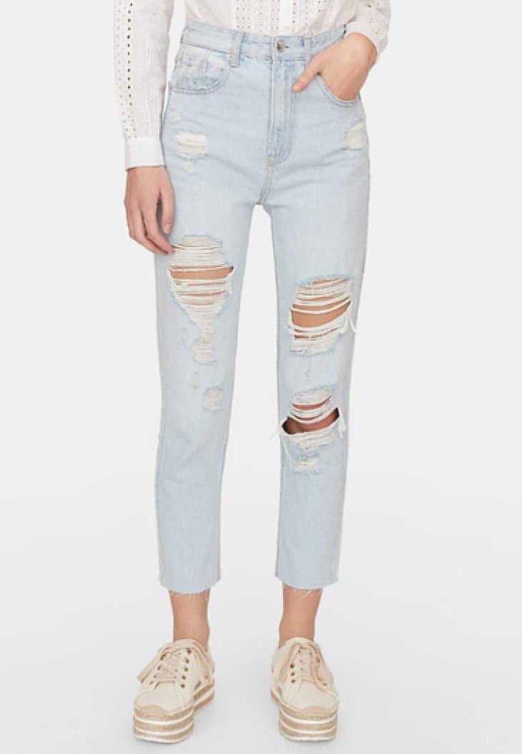 Stradivarius - MOM-FIT - Straight leg jeans - light blue