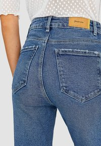 Stradivarius - Slim fit jeans - blue - 3