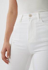 Stradivarius - Jeans Skinny Fit - white - 3