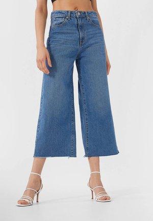 Flared Jeans - blue denim