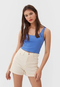 Stradivarius - Denim shorts - beige - 0