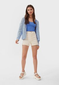 Stradivarius - Denim shorts - beige - 1