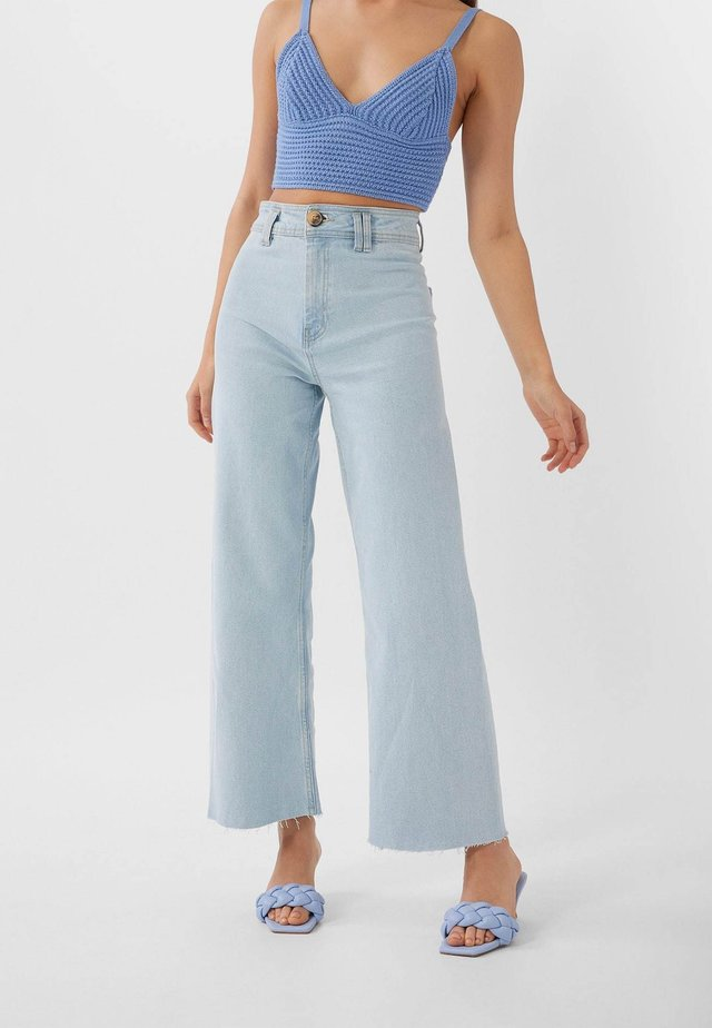 NAHTLOSE CROPPED 01164837 - Flared jeans - blue