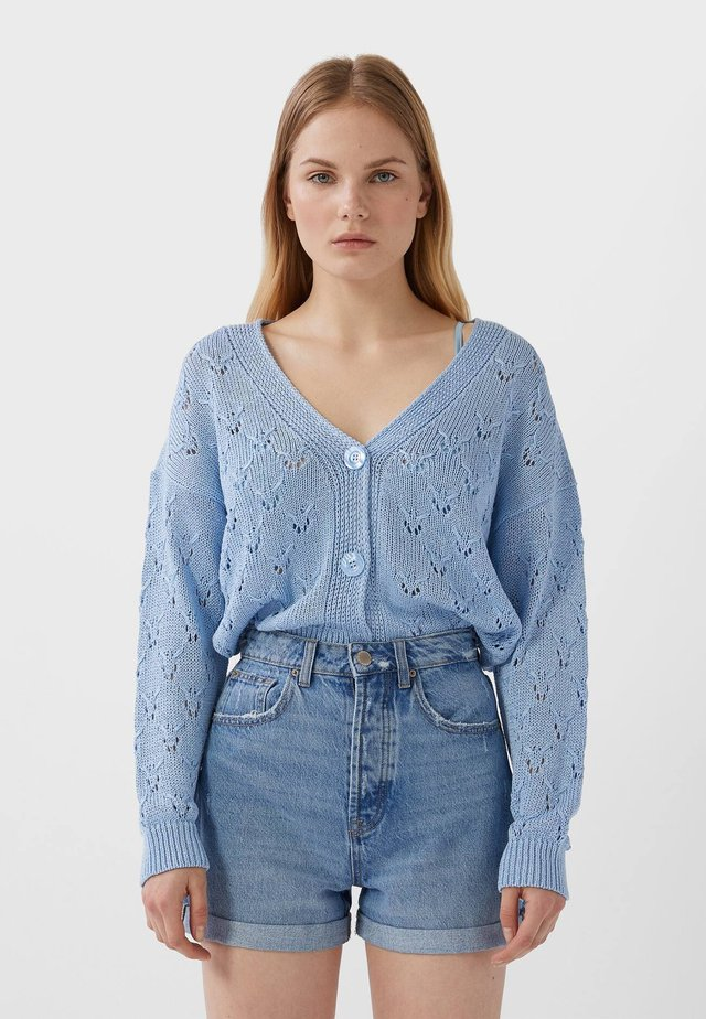 MOM-FIT - Szorty jeansowe - blue denim