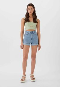 Stradivarius - Short en jean - dark blue - 1