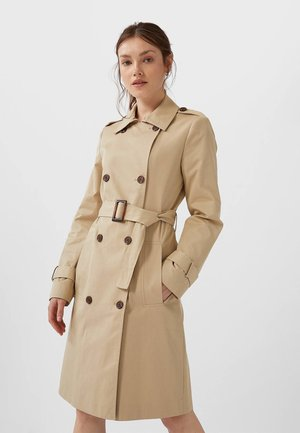 BASIC - Trenchcoat - brown