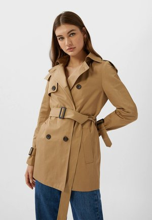 MIT KAPUZE - Trench - brown