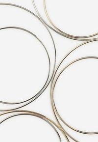 Stradivarius - 4ER-SET GROSSE KREOLEN  - Earrings - silver-coloured - 3