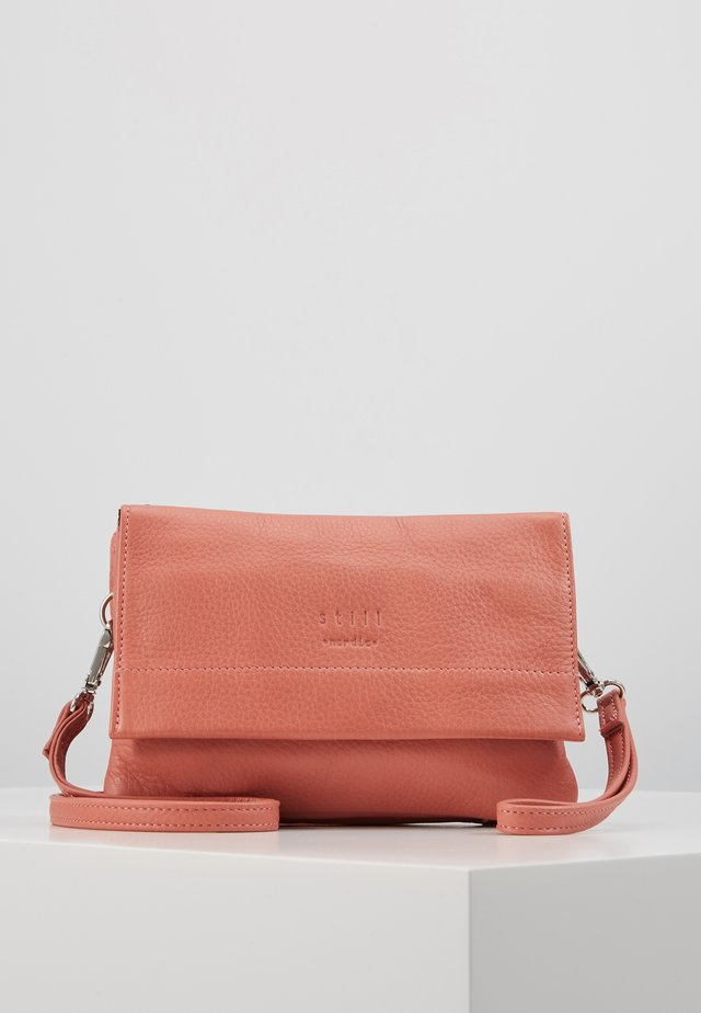 ANOUK CROSSBODY - Schoudertas - burn