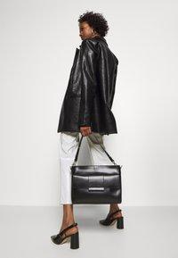 Still Nordic - Handbag - black - 1