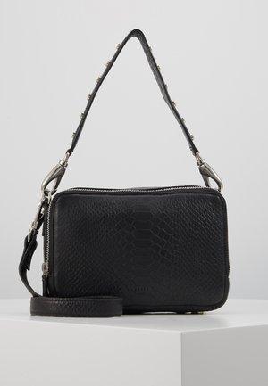 ROOM CROSSBODY - Handtasche - black