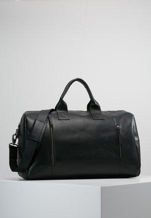 CLEAN BAG - Weekender - black