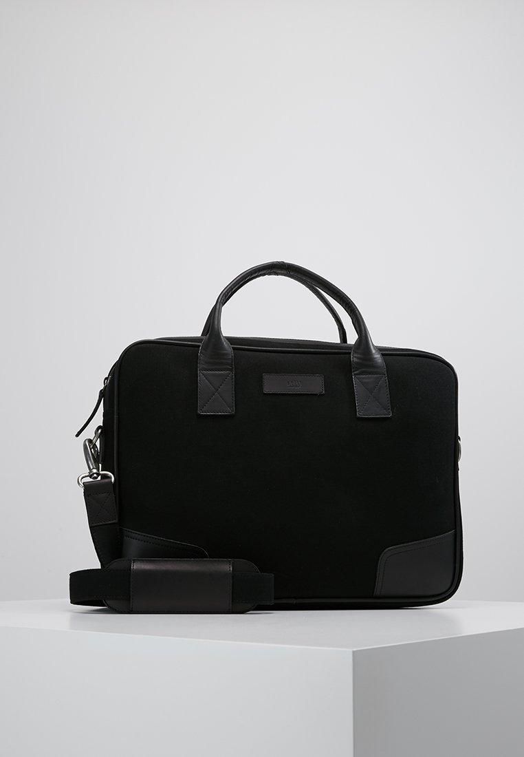 Still Nordic - JUST BRIEF ROOM - Torba na laptopa - black