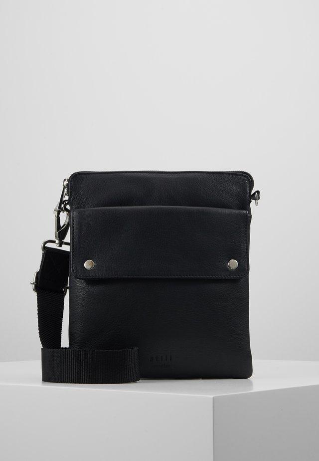 THOR MESSENGER - Across body bag - black