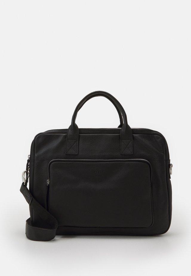 LUKE CLEAN BRIEF - Briefcase - black