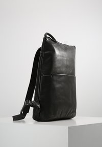 Still Nordic - WON RAVEN BACKPACK - Ryggsäck - black - 3