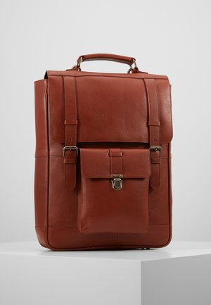 SHELBY MULTI BACKPACK - Sac à dos - cognac
