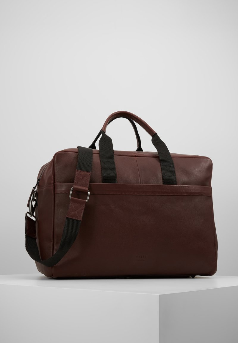 Still Nordic - SAMI BAG - Weekend bag - oxblood