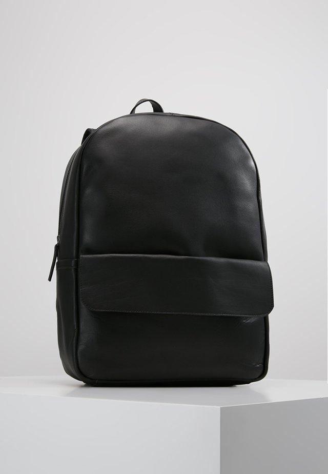 CLEAN POCKET BACKPACK - Rucksack - black