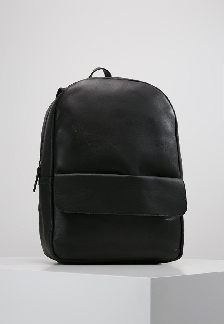 Still Nordic - CLEAN POCKET BACKPACK - Rucksack - black