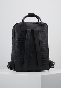 Still Nordic - DUNDEE BACKPACK - Reppu - black - 2