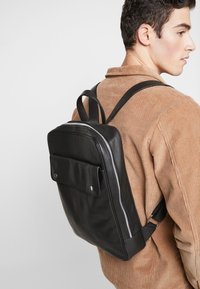 Still Nordic - THOR BACKPACK - Batoh - black - 1