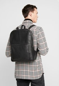 Still Nordic - LUKE CLEAN BACKPACK - Batoh - black - 1