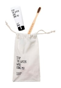 STOP THE WATER WHILE USING ME! - ORAL CARE KIT TOOTHBRUSH, TOOTHPASTE & ORAL CARE - Bad- & bodyset - neutral - 1
