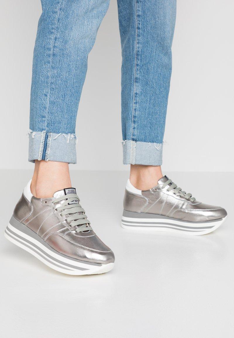 Studio Modd - Sneakers - coolgrey