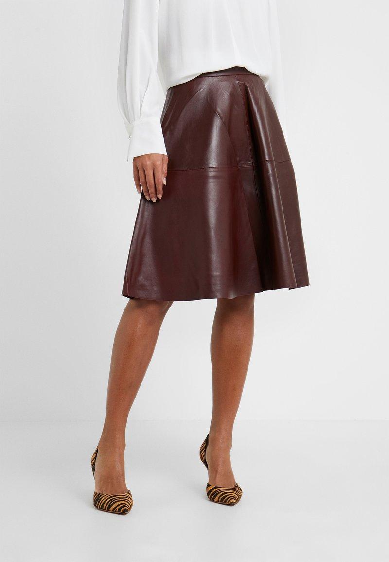 STUDIO ID - TESSA SKIRT - A-lijn rok - reddish brown