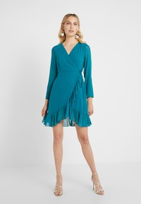 STUDIO ID - FLORENCE DRESS - Freizeitkleid - green water - 0