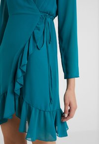 STUDIO ID - FLORENCE DRESS - Freizeitkleid - green water - 4