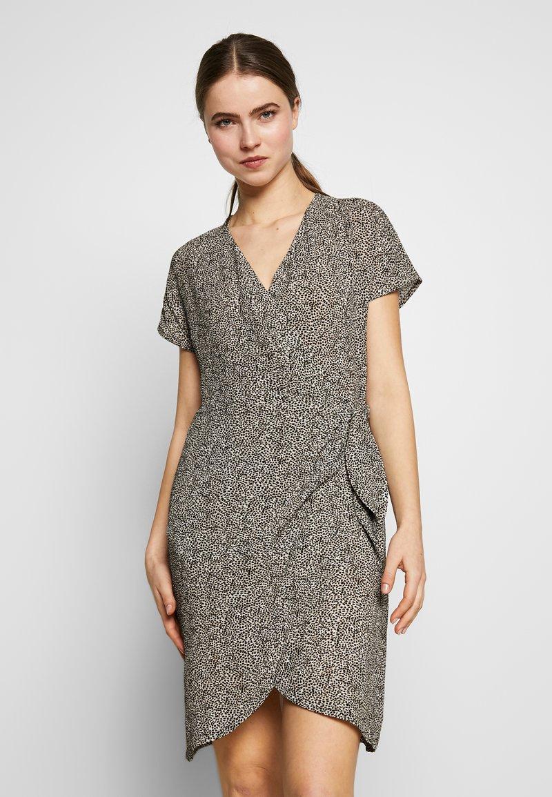 STUDIO ID - GRETA DRESS - Day dress - black spots
