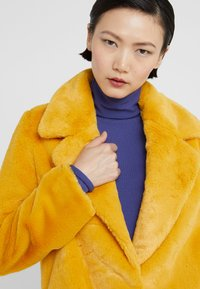 STUDIO ID - CECILE JACKET - Zimní bunda - yellow - 5