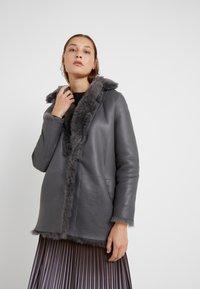 STUDIO ID - ALEXIA REVERSIBLE COAT - Leather jacket - grey - 0