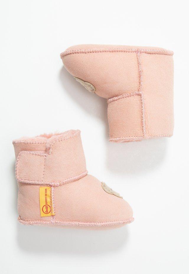 SIENNA - Domácí obuv - pink