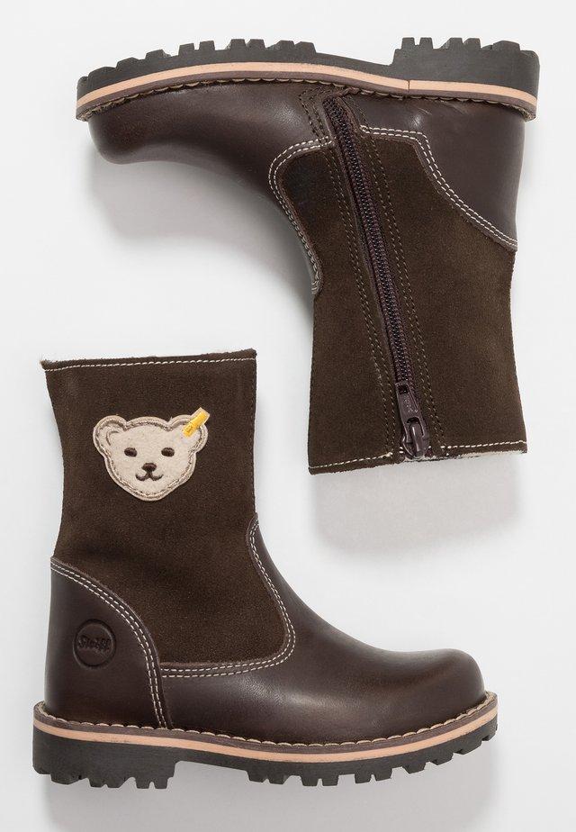 NOORA - Vinterstøvler - brown