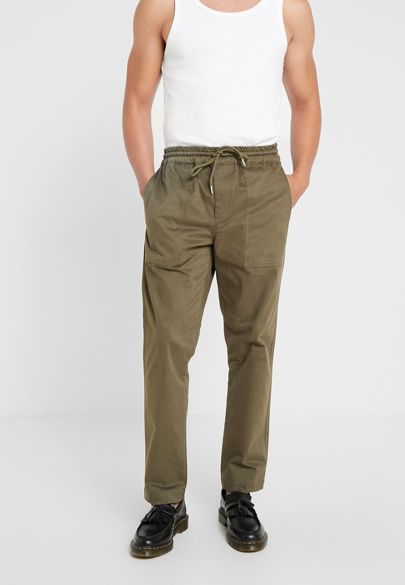 Soulland - POPPE - Stoffhose - green