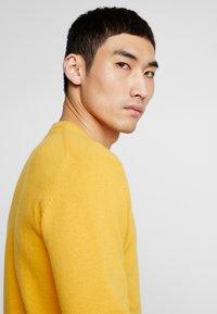 Soulland - GIORGIO - Jumper - mustard yellow - 3