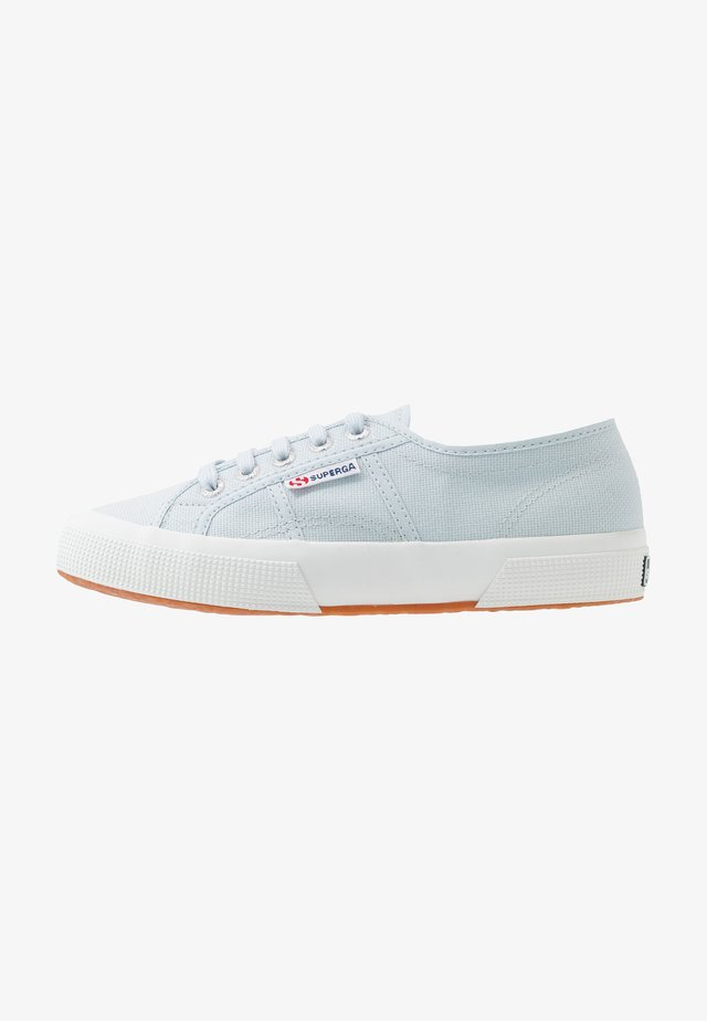 CLASSIC - Sneakersy niskie - blue light sky