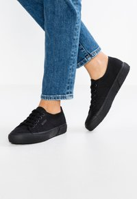Superga - 2750 CLASSIC - Trainers - black - 0