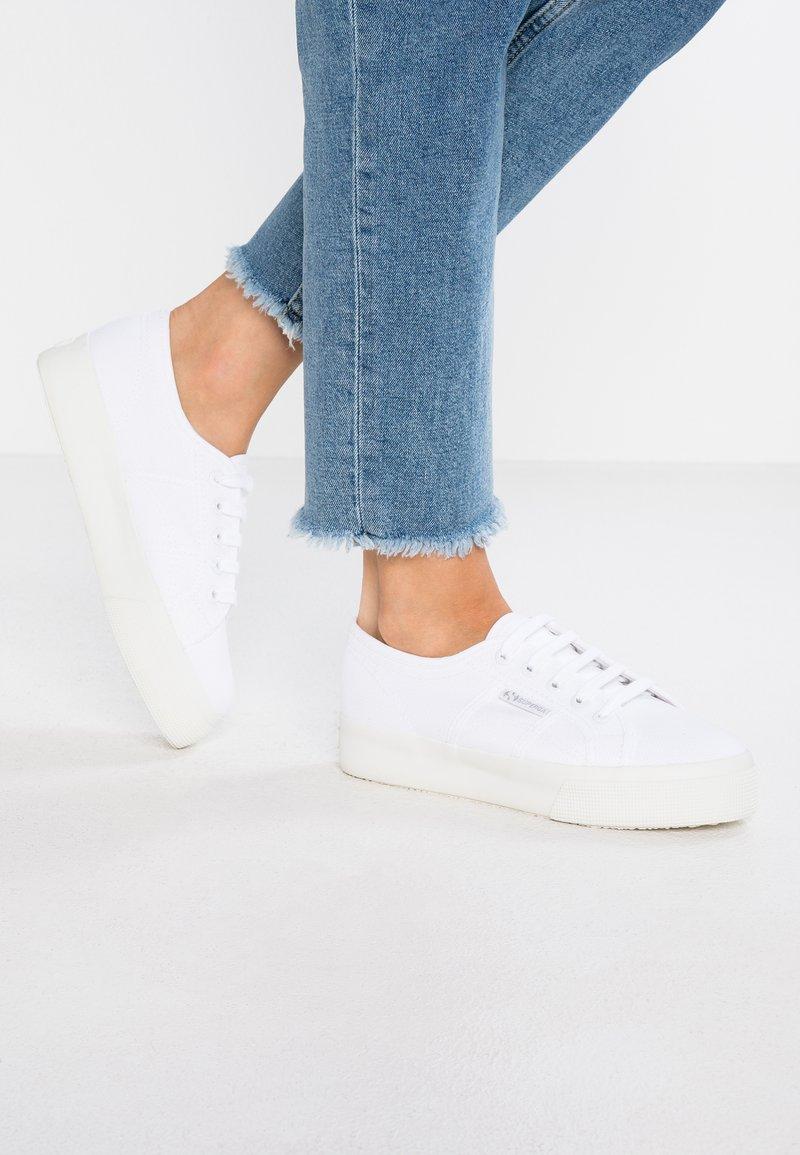 Superga - COTU - Sneakersy niskie - total white