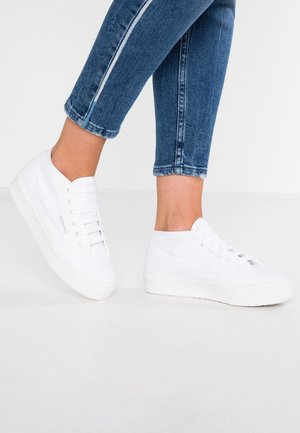 2756 - Sneaker high - total white