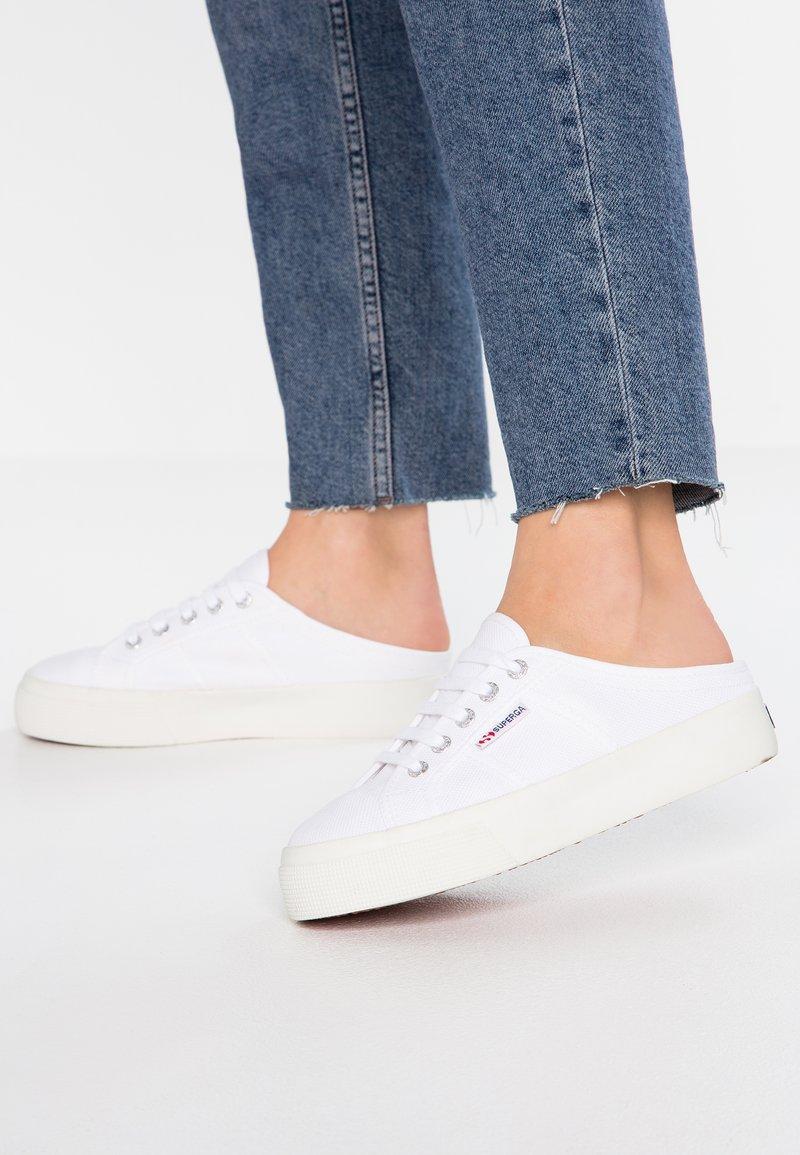 Superga - 2397 - Sneaker low - white