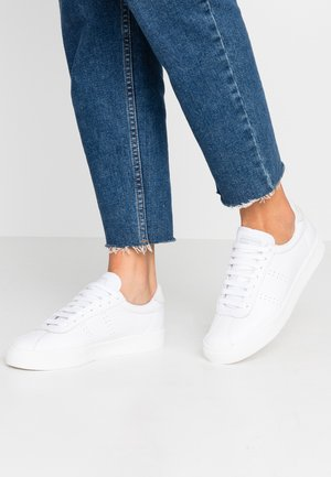 2843 - Sneakers laag - full white