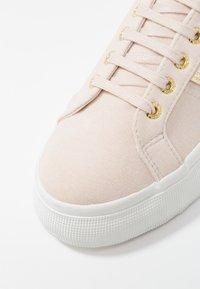 Superga - Sneakers laag - beige ecru - 2