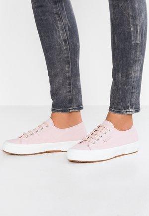 2750 - Sneakers laag - pink
