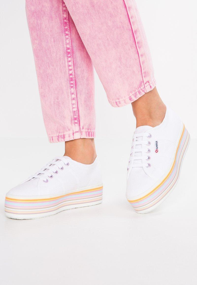 Superga - 2790  - Sneakers basse - white