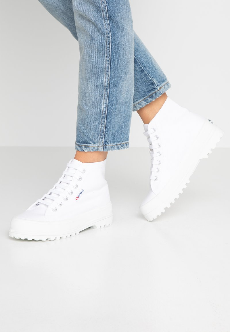 Superga - Sneakers hoog - white